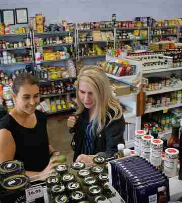 Scheckters Deli Niki and Katie browsing